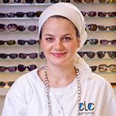 שירה פס אופטומטריסטית מוסמכת BS.c בוגרת לימודי אופטומטריה באוניברסיטת בר-אילן. עלתה לארץ מבלגיה. שירה מאמינה שלכל פציינט יש את זוג המשקפיים המתאים לו באופן אישי .    דס רוזל